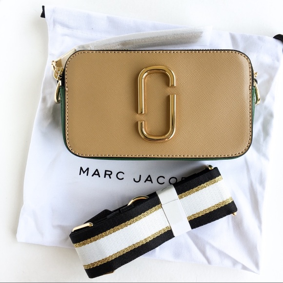 aa75750a50f5 Marc Jacobs snapshot Small camera crossbody bag. M 5ae7d99edaa8f6014e69910e